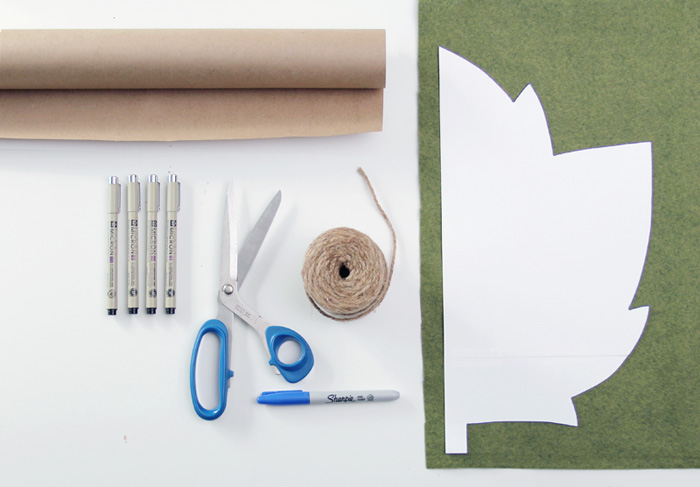 roll ... & Thanksgiving Table Setting + Felt Placemat DIY - Making Nice in the ...