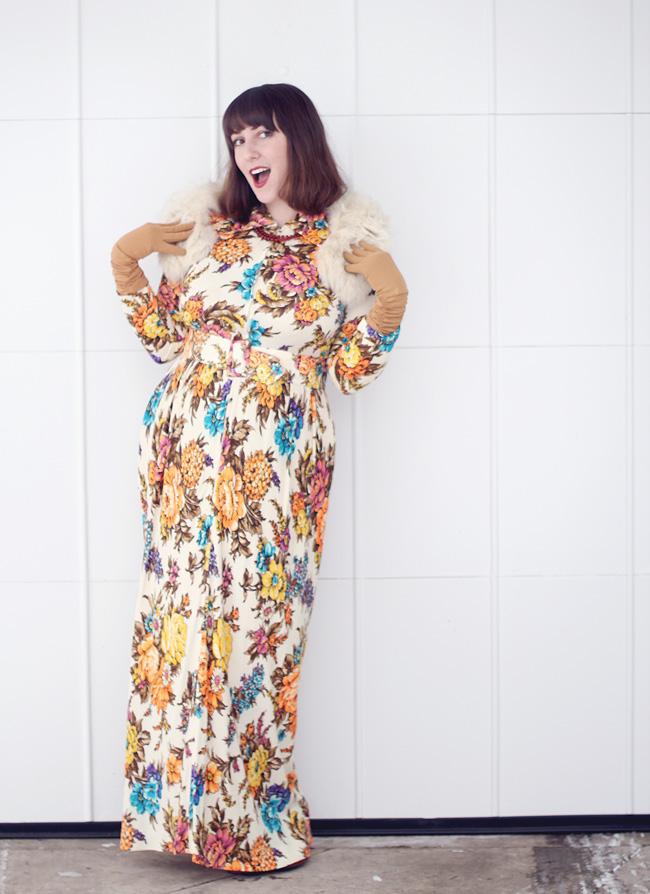 floral 1970s vintage maxi dress