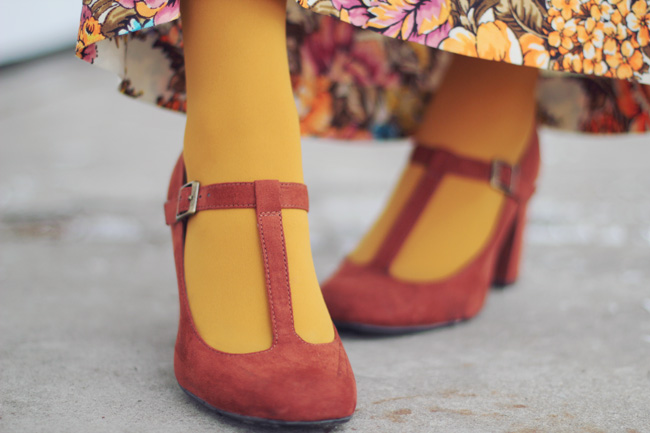 t-strap shoes and mustard tights