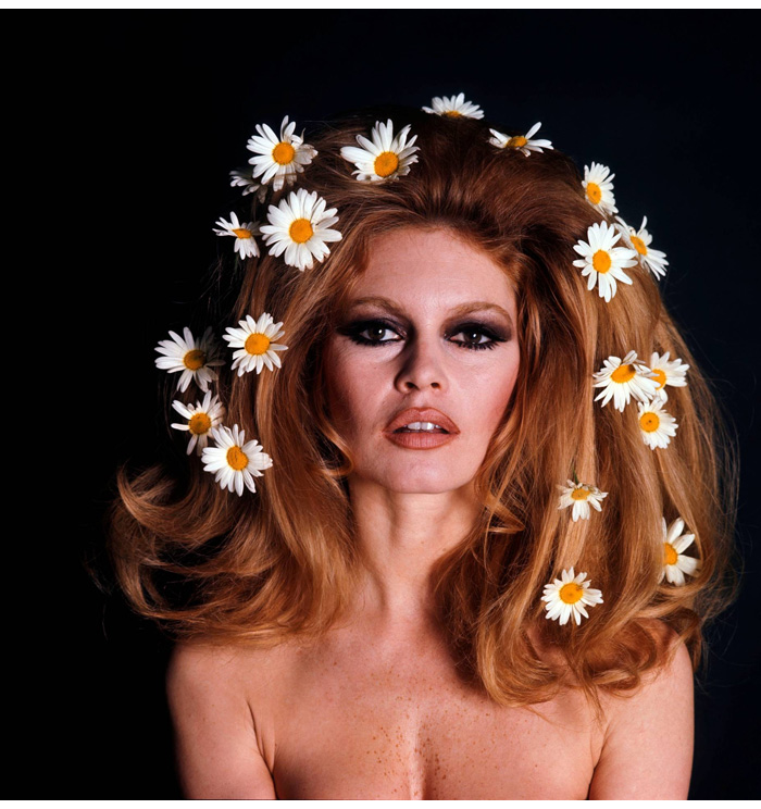 Brigitte Bardot with daisies in her hair