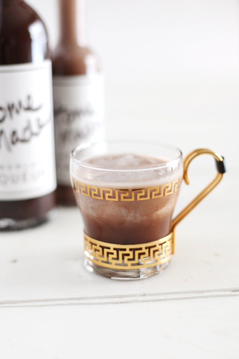 Make your own chocolate liqueur with this recipe and printable bottle labels.