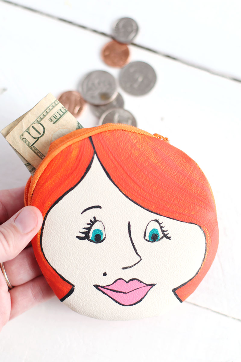 fun little sewing/painting DIY: Painted Lady Change Purse