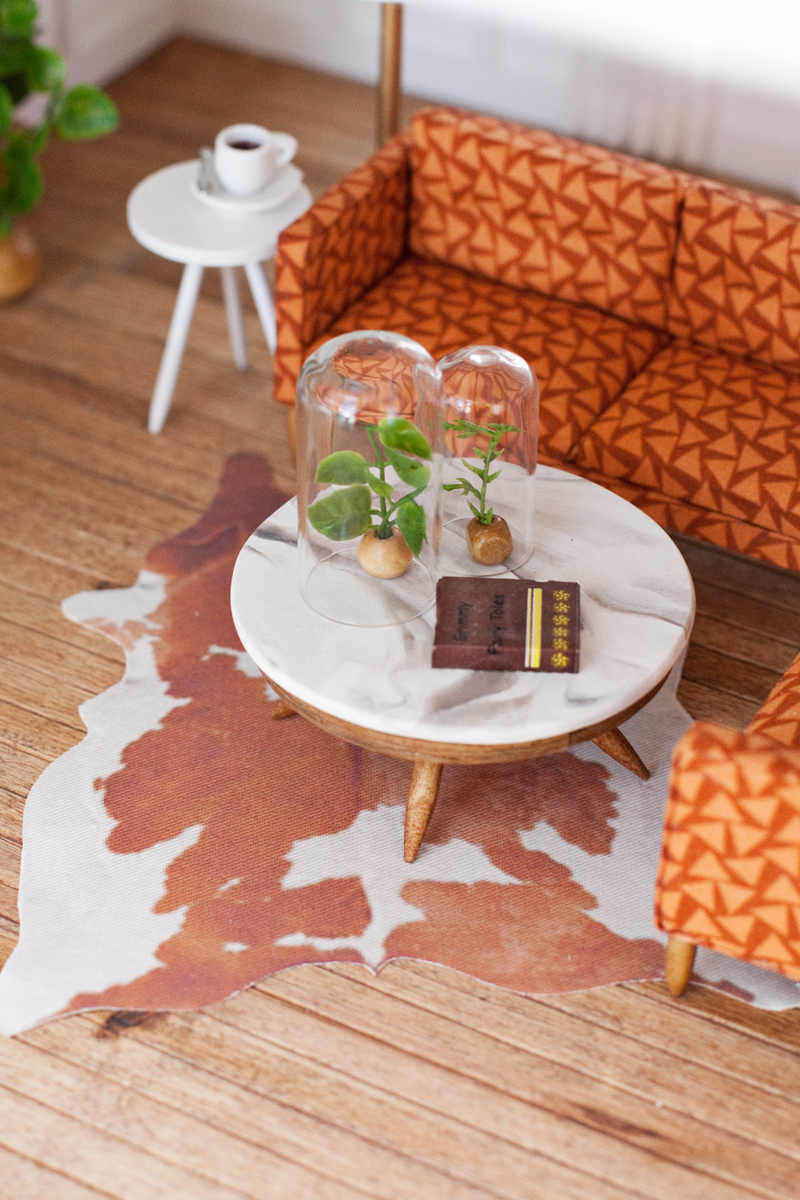 DIY dollhouse coffee table