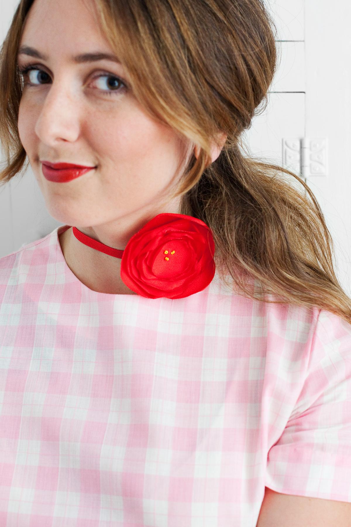 DIY Fabric Flower Choker