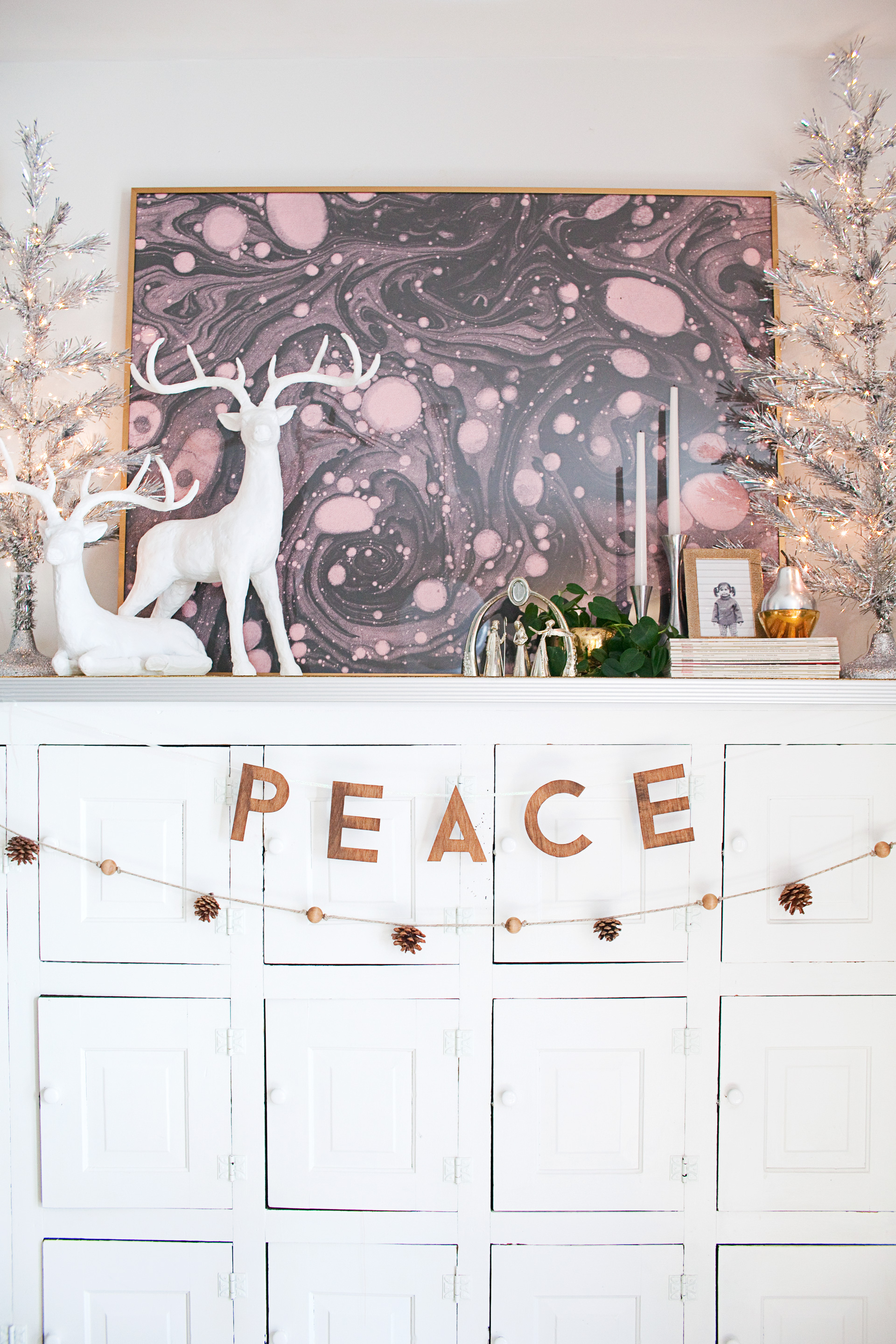 Vintage Modern Christmas Decorating