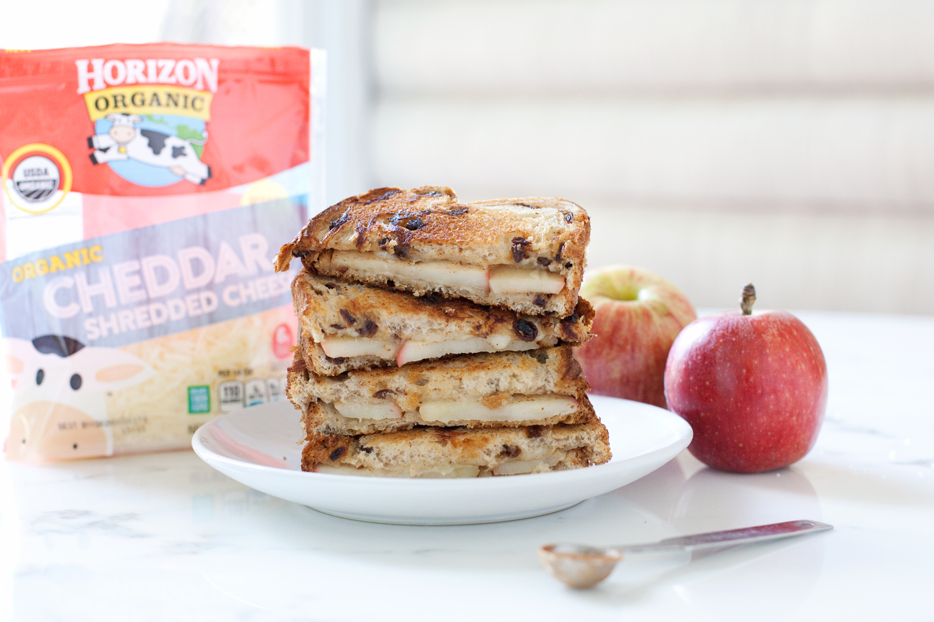 Apple Cinnamon Grilled Cheese Sandwiches - Making Nice in ...