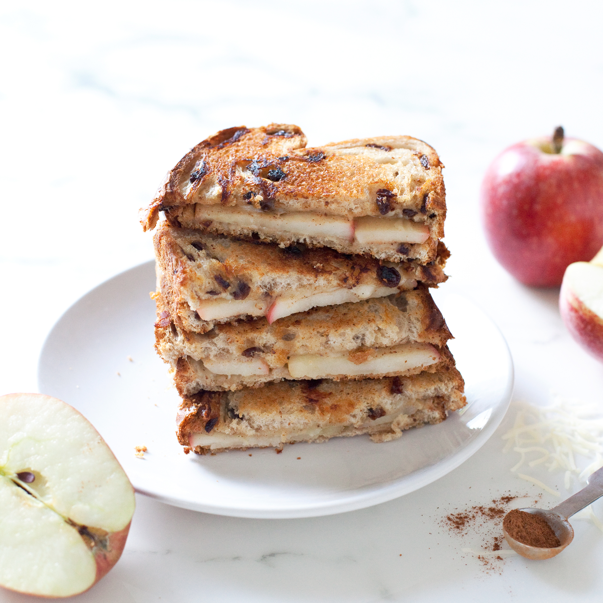apple, cinnamon, and cheddar grilled cheese sandwiches