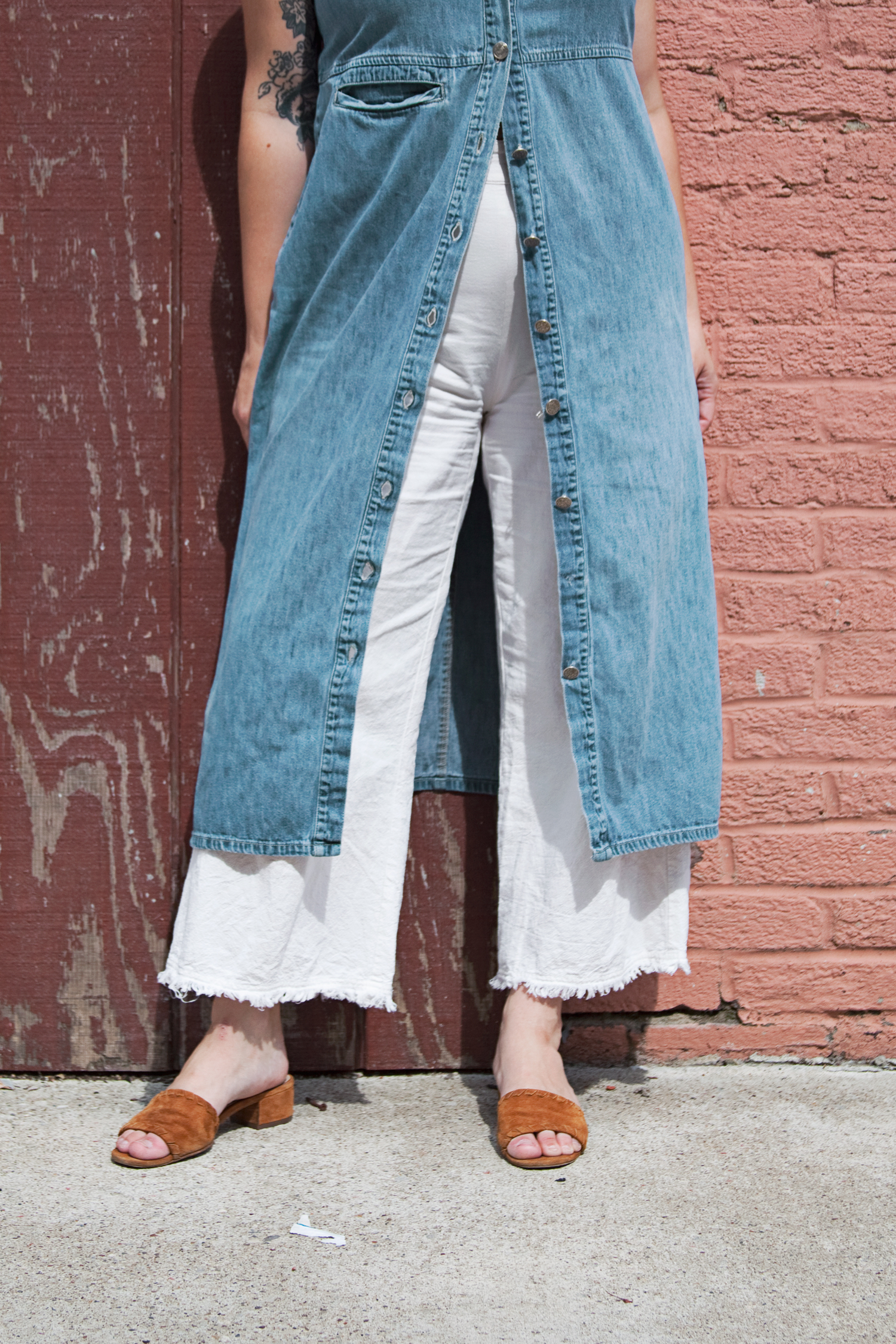 chambray duster and linen pants